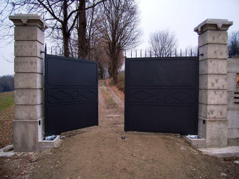 Cancello A Due Ante Battenti.Cancelli A Due Ante Gl Automazioni